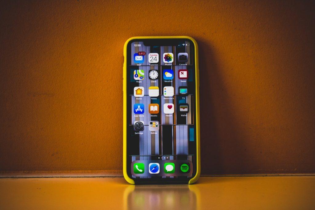 pexels photo 1042143 1024x682 1 - How the Graded Phones Market is Growing